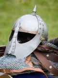 Capacete de um cavaleiro imagem de stock