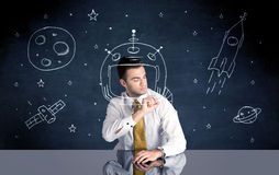 Capacete do desenho da pessoa das vendas e foguete de espaço Imagem de Stock