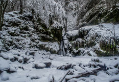 Capacete nas frentes do inverno Fotos de Stock
