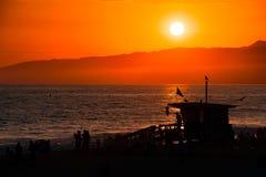 Capanna del bagnino sulla spiaggia Fotografia Stock Libera da Diritti