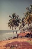 Capanna del pescatore nel villaggio vicino all'oceano Fotografia Stock
