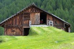 Capanna della montagna nel Tirolo del sud, Italia Fotografie Stock