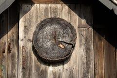 Capanna di legno dei cacciatori del dettaglio Fotografie Stock