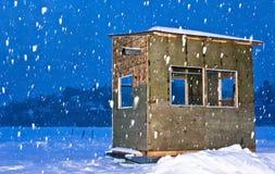 Capanna di pesca del ghiaccio Fotografia Stock Libera da Diritti