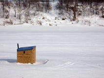 Capanna di pesca del ghiaccio Fotografie Stock Libere da Diritti