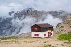 Capanna in dolomia, Italia della montagna Fotografia Stock Libera da Diritti