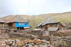 Capanna nelle montagne fotografie stock libere da diritti