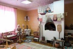 Capanna rurale russa d'imitazione interna Fotografia Stock