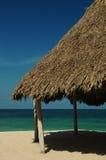 Capanna sulla spiaggia fotografie stock libere da diritti