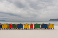 Capanne brillantemente colorate 1 della spiaggia Fotografia Stock Libera da Diritti