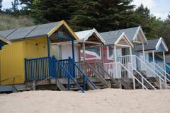 Capanne Colourful della spiaggia ai pozzi dopo il mare Fotografia Stock Libera da Diritti