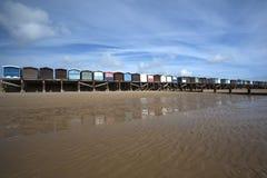 Capanne della spiaggia al Frinton-su-mare, Essex, Inghilterra Fotografia Stock