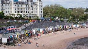 Capanne della spiaggia a Torquay, Inghilterra fotografia stock libera da diritti