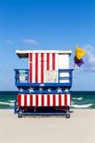 Capanne di legno della guardia di vita nello stile di art deco a Miami Immagine Stock