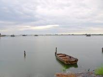 Capanne di pesca e della barca Fotografia Stock