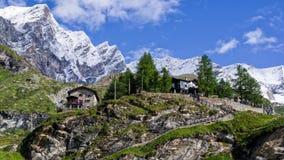 Capanne rurali tradizionali nelle alpi della pennina Fotografia Stock Libera da Diritti
