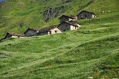 Capanne tradizionali della montagna, alpi italiane, la valle d'Aosta. Immagine Stock Libera da Diritti