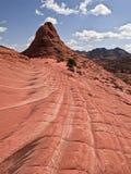 Capas bermellonas de la piedra arenisca de los acantilados Imagen de archivo