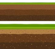 Capas de hierba con capas subterráneos de tierra