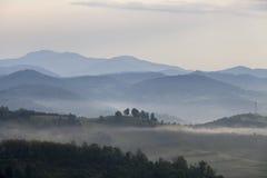 Capas de la montaña foto de archivo