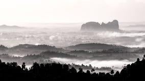 Capas de montañas fotografía de archivo libre de regalías