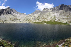 5 capas de Spisskych - tarns en alto Tatras, Eslovaquia Imagen de archivo