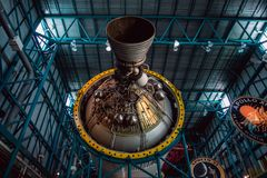 Cape Canaveral, Florida - 13. August 2018: Staurn V Rocket an der NASA Kennedy Space Center lizenzfreie stockfotografie