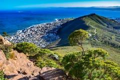 Cape Town - sul modo alla testa del ` s del leone immagini stock