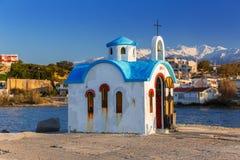 Capela bonita na costa da Creta Foto de Stock