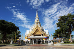 Capela branca em Wat Sothonwararam Fotografia de Stock