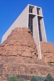 Capela católica transversal santamente, inspirada por Frank L Wright em Sedona o Arizona Imagens de Stock