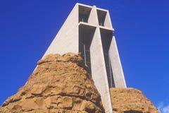 Capela católica transversal santamente, inspirada por Frank L Wright em Sedona o Arizona Fotos de Stock