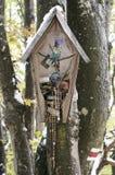 Capela de madeira na árvore Imagem de Stock Royalty Free