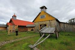 Capela de madeira velha, museu, ` Higgins da casa de campo O, Carretera Austral, o Chile fotos de stock