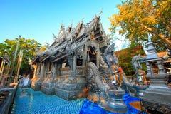 Capela de prata do ` s primeiro de Wat Srisuphan World imagens de stock