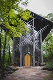 Capela de vidro famosa nas madeiras Imagens de Stock