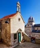 Capela e catedral, Sibenik Imagens de Stock Royalty Free