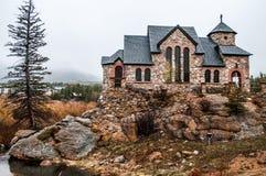 Capela na pedra Chruch - Estes Park da rocha imagens de stock royalty free