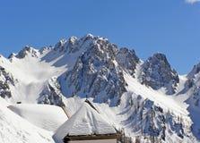 Capela nas montanhas Imagens de Stock Royalty Free