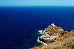 Capela no litoral de Sifnos imagens de stock