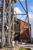 A capela precedida pelo eixo de mineração Fotografia de Stock