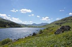 CapelCurig sjö Snowdonia i norr Wales Royaltyfri Fotografi