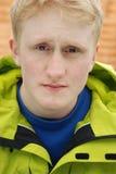 Capelli biondi di 18 anni del ritratto dell'uomo Fotografie Stock Libere da Diritti