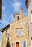 Capestang gammal fransk bykanal du midi, Frankrike Royaltyfri Bild