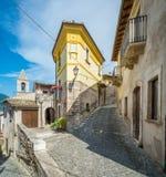 Capestrano L `-Aquila landskap, Abruzzo Italien Arkivbilder
