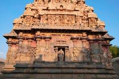 Capilla de Deivanayaki Amman, adyacente al templo de Airavatesvara, Darasuram, Tamil Nadu Visión desde el oeste Foto de archivo