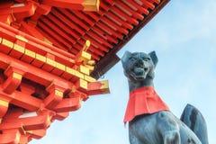 Capilla de Fushimi Inari Taisha en Kyoto, Jap?n fotografía de archivo