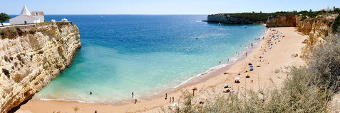 Capilla de Nossa Senhora DA Rocha, Portugal, Algarve - imagen del panorama Fotos de archivo