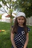 Capilla elegante de la chica joven foto de archivo libre de regalías
