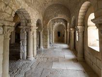Capilla Románica de San Pedro en la abadía de Montmajour cerca de Arles Imagen de archivo libre de regalías